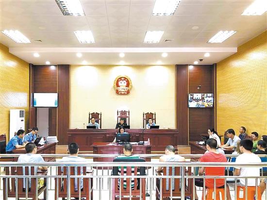 开平法院使用德生人脸识别门禁出入系统